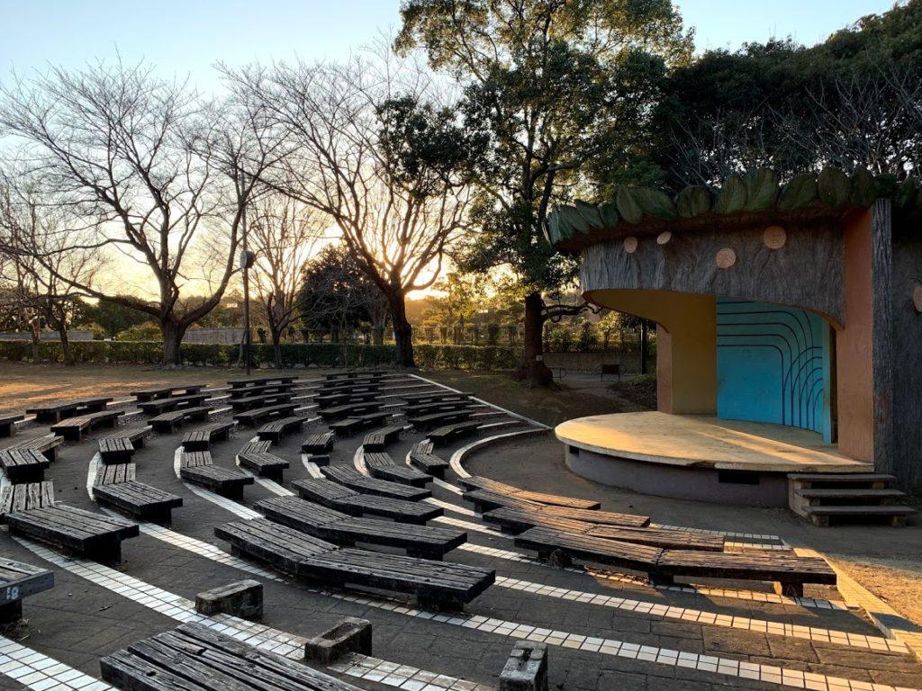 kashiwa-teganooka-park-outdoor-stage.jpg