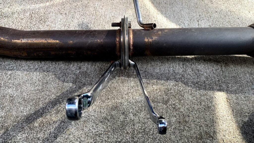 box-end-wrench-and-muffler.jpg