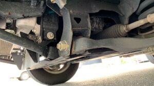 the-job-of-an-auto-mechanic-is-tough1.jpg